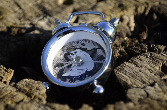 clock-2339908_640