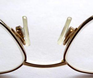 reading-glasses-452543_640